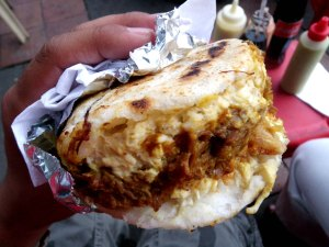 Arepa con todo: the kebab of Colombia